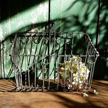 Vintage Wire Onion Basket, Hanging Rack, Wirework Metal Carrier, Vegetable Holder, Kitchen Organizer, Laundry Room Rustic Farmhouse Decor