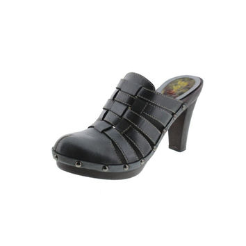 M.O.D Womens Pam Leather Studded Clogs