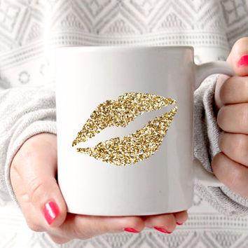 Cute Gold Glitter Lips Coffee Mug - Tea cup - wedding gift - Bridal Shower - coffee cup - cute brides gift - birthday present
