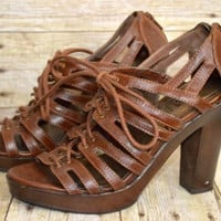 Decree Sz 7.5 Brown Platform Strappy Tie Front Heels Zipper Back