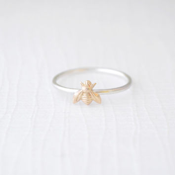 Tiny Bee Ring - little gold bee ring - 4219