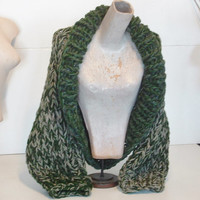 Chunky knit shrug crop cardi cardigan sweater shawl collar small extra small women in loden greens