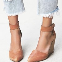 Free People Peaks Point Wedge