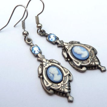 Nostalgic earrings with cameos in blue silver earrings Rococo
