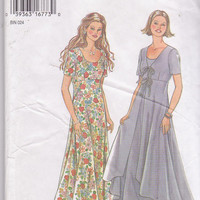 Pattern for semi fitted short sleeved dress with flared skirt + optional sleeveless overlay misses size 6 8 10 12 14 16 New Look 6340 UNCUT