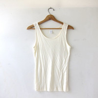 20% OFF SALE Vintage silk tank top. Cream white silk top. Basic tank. Minimalist modern tank. Silk undershirt.