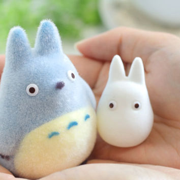 Strapya World : Studio Ghibli My Neighbor Totoro Flocking Doll (Chu-Totoro & Shou-Totoro)(Medium Totoro Small Totoro)