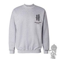 Hogwarts Alumni New Pocket print on Crew neck Sweatshirt Light steel or White