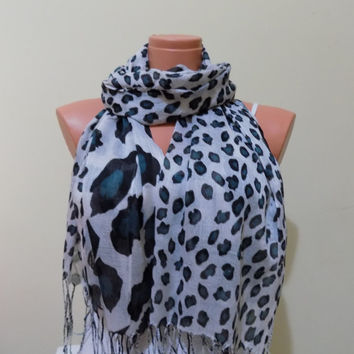 ON SALE % 15 Leopard Printed so soft cotton scarf,Fall fashion Winter accessories ,Christmas Gift,Women accessories,gift ideas