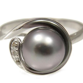 8.64MM GENUINE TAHITIAN PEARL & DIAMOND RING IN SOLID 14K WHITE GOLD