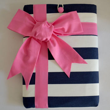 "Macbook Pro 13 Sleeve MAC Macbook 13"" inch Laptop Computer Case Cover Navy & White Stripe with Pink Gift Bow"