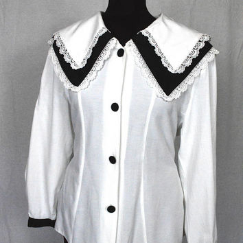 80s Black and white sailor collar Gothic Lolita style lace trimmed blouse by Clockhouse size M/L
