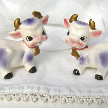 Vintage Cow Salt & Pepper Shakers Made in Japan