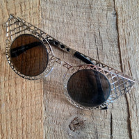 Cat Eye Metal Mesh Sunglasses
