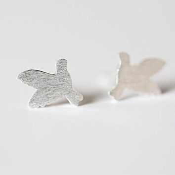 925 sterling silver dove earrings,The dove of peace earrings,simple sterling silver ring, A delicate gift