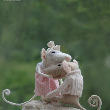 Needle mouse, felted mouse, felted miniature,family mouse,couple mice,needle animal,soft figurine,stuffed animal,tender mouse -READY TO SHIP