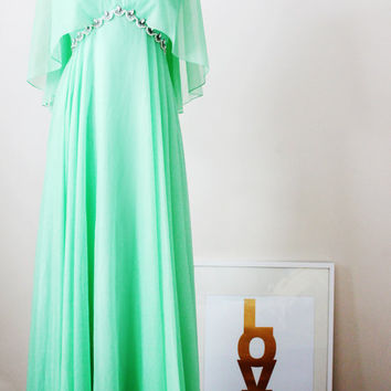 Vintage 1970's Grecian Chiffon Cape Evening Gown Party Dress Prom Dress - Size Small to Medium