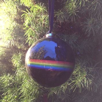 Pink Floyd – The Dark Side Of The Moon Glass Christmas Ornament In Black/Rainbow Print | Thirteen Vintage