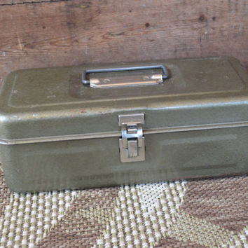 Vintage Green Metal Tackle box , Green Metal Tool Box, Gifts for Men, Gifts for Dad