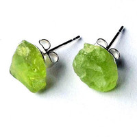Raw peridot stud earrings - raw stone earrings - green gemstone earrings - silver stud earrings - stone earrings