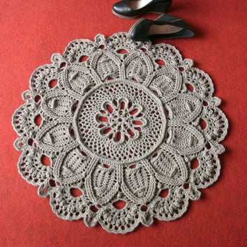 Crochet round rug 28 inches Doily rug Crochet carpet Brown rug Brown carpet Crochet home decor Soft rug Woollen rug Woollen carpet Lace rug
