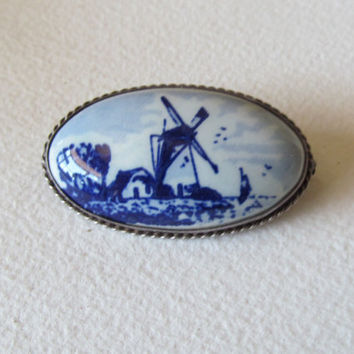 Delft blue brooch, handpainted porcelain brooch, collectible jewelry