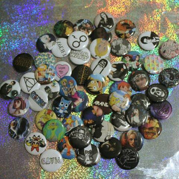 "Custom made 1"" pinback buttons"