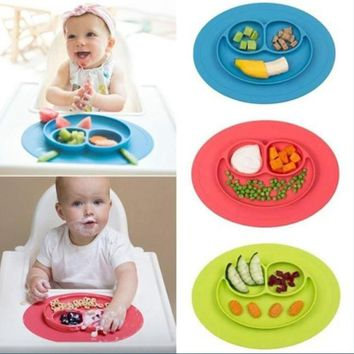 1Pcs New Food Grade Silicone Placemat Smile Baby Rice Plate Table Mat for Baby Toddler Kids Dining Table Kitchen Dinnerware