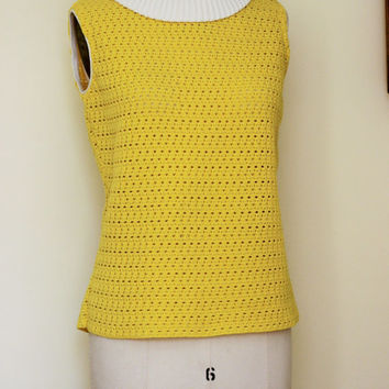 Vintage 1960s Yellow Knit Blouse / 1960s Summer Blouse / 60s Sleeveless Shirt / Vintage 60s Top / White Collar / Knit Top