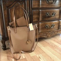New $248 Michael Kors Purse MK Handbag Hayley Bag