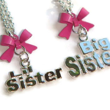 Big or Lil Sister Necklace, New Sibling Gift, Little Sister Jewelry, Word Charm Pendant, New Baby Gift, Silver Necklace, Kids Jewellery