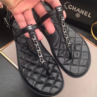 shosouvenir 【CHANEL】Metal chain really leather slippers