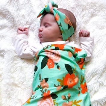 HEADBANDS OF HOPE MINT FLORAL SWADDLE SET