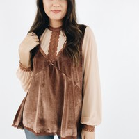 Flirty Flirty Top - Caramel