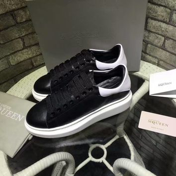 Alexander McQueen men and women with the same paragraph fashion casual sports shoes color matching casual shoes