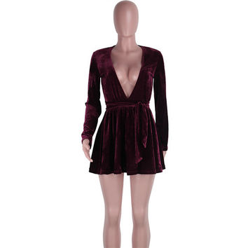 Sexy Women Plunge V Neck Wine Velvet Club Dress New Winter Style Long Sleeve Big Swing Mini Dress Casual Ladies Pleated Dress