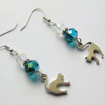 Fiver Friday, cat earrings, cat jewellery, cat lover gift, animal earrings, dangle earrings, silver cat earrings, kitty earrings,