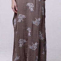 (alr) Floral embroidery earth green maxi skirt
