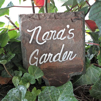 Garden marker for Nana on antique slate