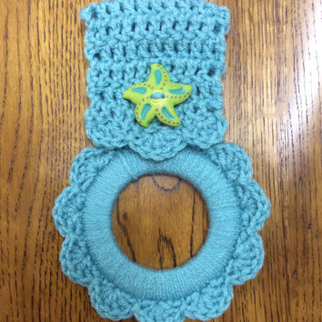 Sea star towel hanger, oven towel hanger, towel holder, nautical, green, hand crochet, starfish, sea foam green, button towel hanger, beach