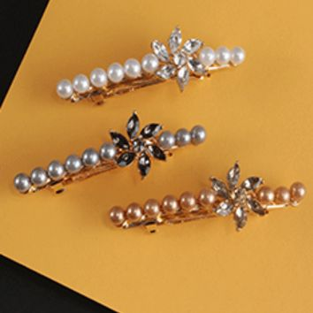 Pearl & Flower Barrette