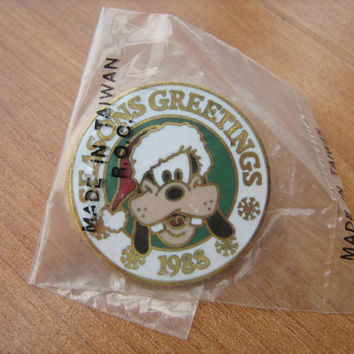 1988 Disney's Goofy Seasons Greetings lapel pin