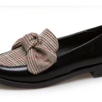 Women Leather Loafers Fashion knitting Butterfly-Knot Casual Flats Shoes