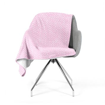 "Project M ""Hand Knit Pink"" Pink White Digital Fleece Throw Blanket"