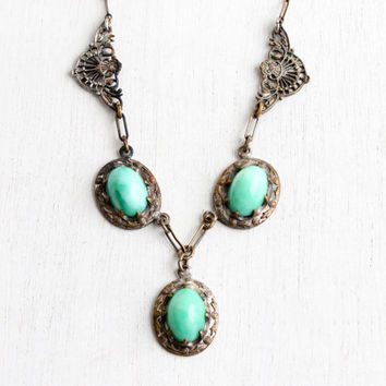 Antique Art Deco Green Peeking Glass Stone Necklace - Vintage 1930s Brass Filigree Paperclip Chain Jewelry