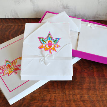 Set of Vintage Stationery, Blank Sheets with Envelopes, Blue, Pink, Green and Aqua Floral Design