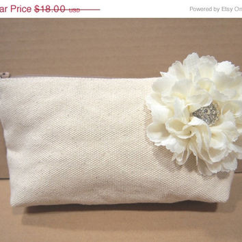 ON SALE Bridesmaid Clutches Reserve listing for alexandra120748