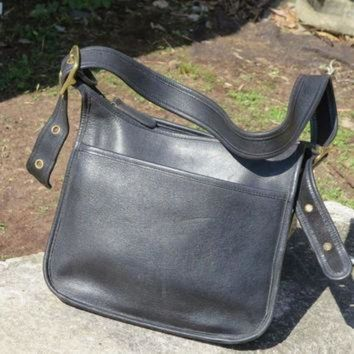 ONETOW Vintage Coach Legacy Black Leather Bag, Pouch, Tote, Satchel, Purse, Pouch Number 996