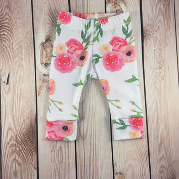 "Baby Girl Leggings ""She's so Lovely"" Baby Girl Leggings, Baby Clothing, Going Home Outfit, Baby Fashion"