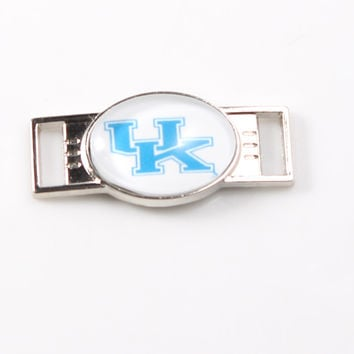 Kentucky Wildcats Team Shoe Buckles Charms NCAA Series Jewelry For Shoelace Sport Shoes Paracord Bracelets Decoration 12Pcs